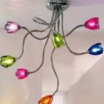 фото светильника с цветными абажурами